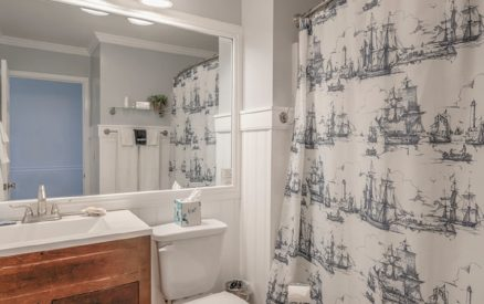 Kemp House | Unit 415 | Bathroom