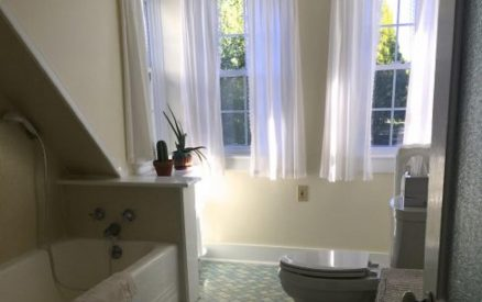 Lookout Room - Bathroom