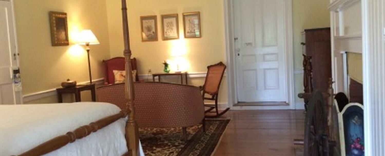 Peach Room - Interior