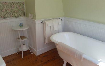 Rose Room - Bath