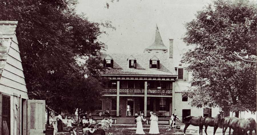 Historic photo of Wades Point Inn